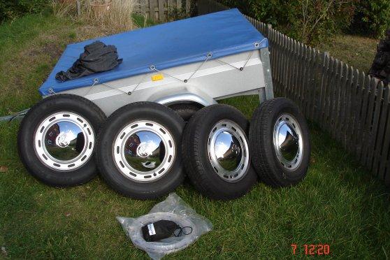 Stålfælge med dæk – Cykelhjelm med led lys